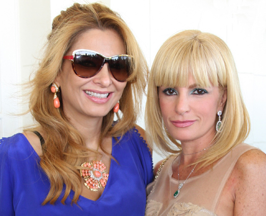 As irmãs Cris e Gigi Senna
