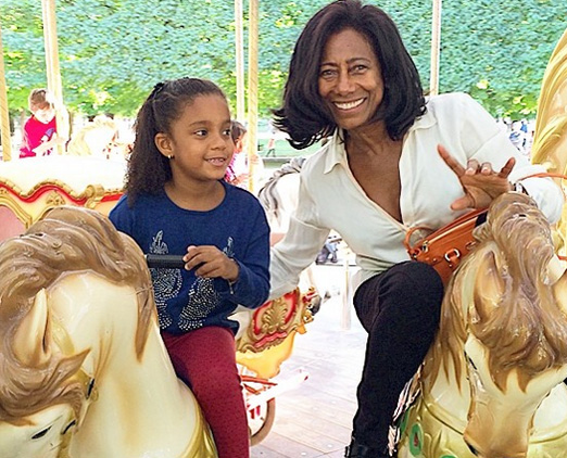 Glória Maria e uma de suas filhas