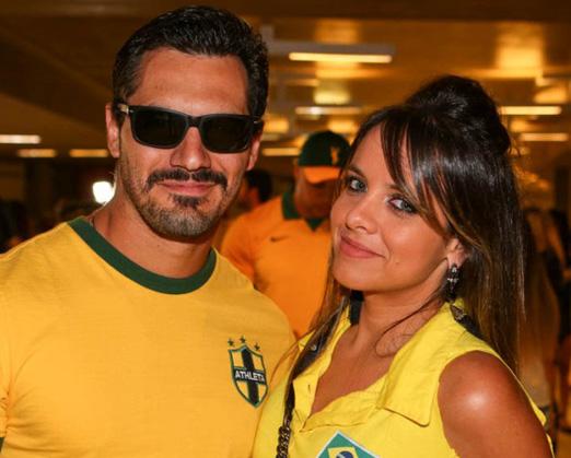 Sidney Zamora e Samara Costa