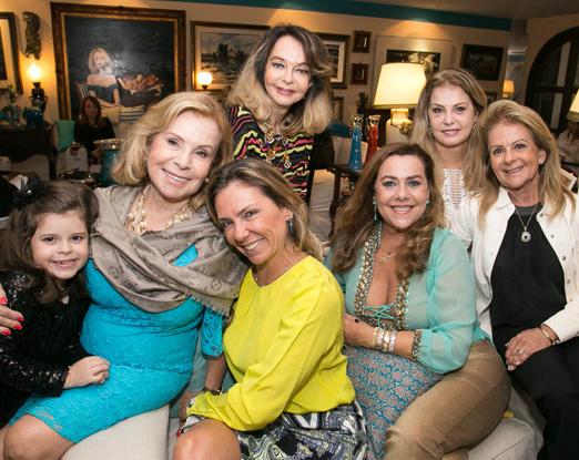 Rachel Gusmão com Maitê, Márcia, Vera, Carmen, Inez e Zizi