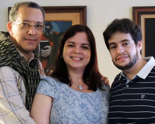 Amaro Leandro com José Guilherme e Fabiana Gherren