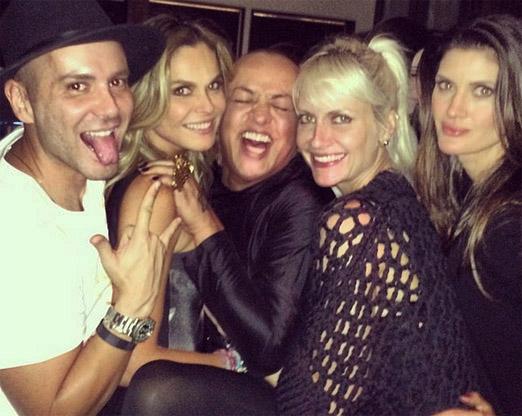 Matheus com Fernanda, Walerio, Ana Claudia e Isabella
