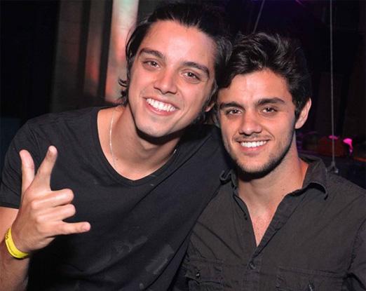 Os irmãos Rodrigo e Felipe Simas