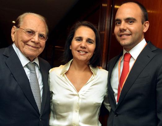 Dr. Ivo com a filha e o neto