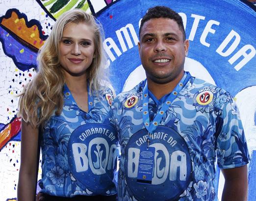 Celina Locks e Ronaldo Nazário