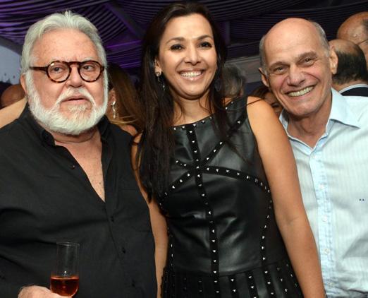 Ricardo Amaral com Veruska e Ricardo Boechat net