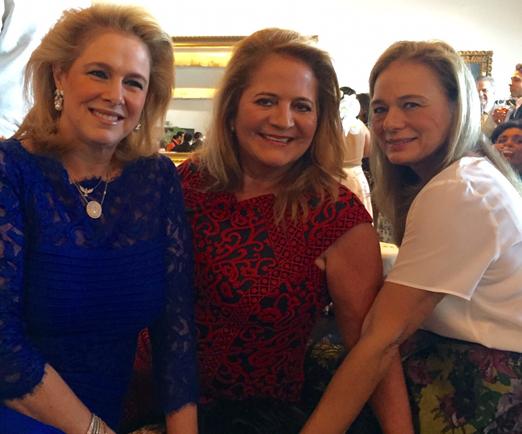 Glória, Renata e Frederika