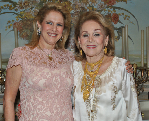Glória Severiano Ribeiro e Idinha Seabra Veiga