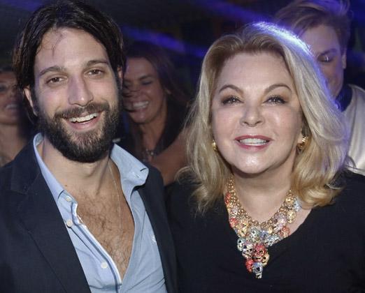 Marco Antônio Gimenez com a mãe Vera