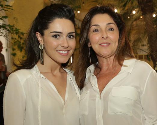 Camila Cunha e a mãe Maria Cristina