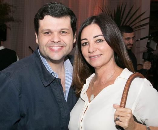 Carlos Lamoglia e Hosana Pereira