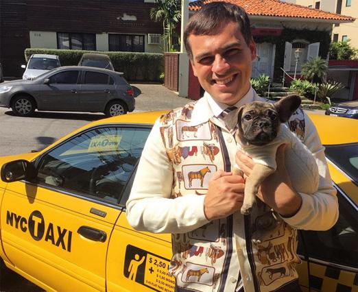 Sandro Barros, o táxi e a Aurora