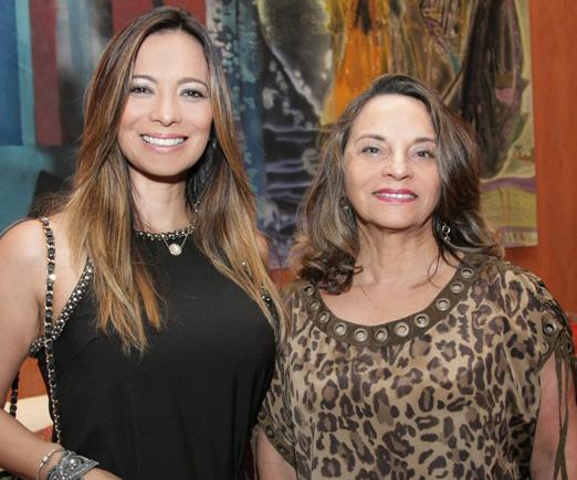 Marcia Romão com a mãe Maria Araújo