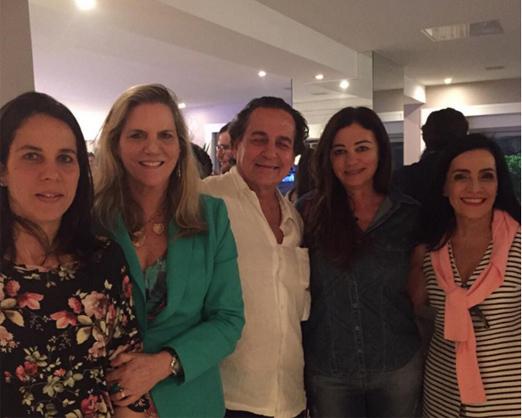 Nestor entre Marta, Maninha, Hosana e Liliana