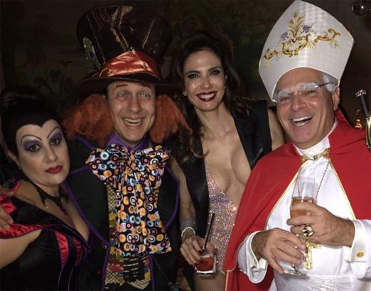 Ana Claudia Duarte, Celso Zucatelli, a aniversariante e Marcelo de Carvalho