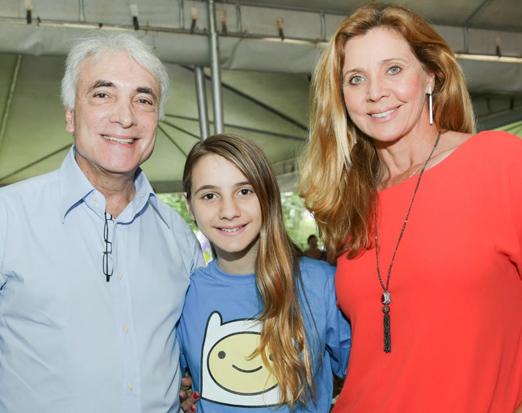 Sofia com os pais Edmar Fontoura e Kátia Spolavori