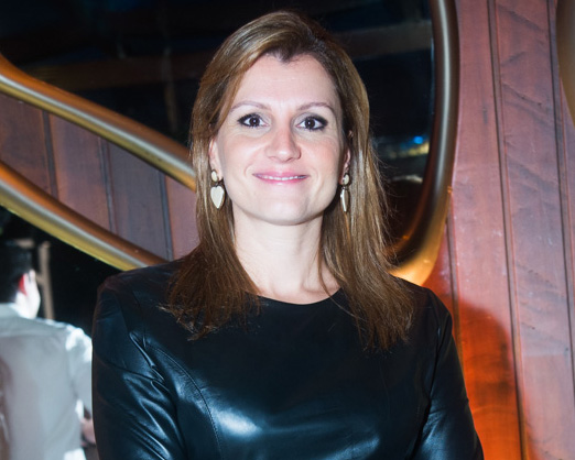 Cristine Paes