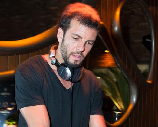 DJ Thomaz Magalhães