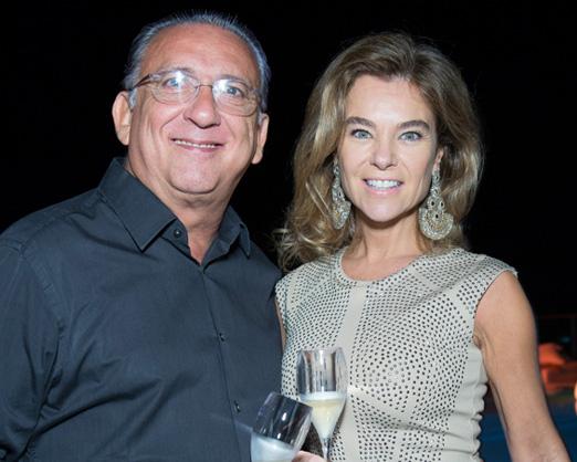 Galvão Bueno e Desirée Soares