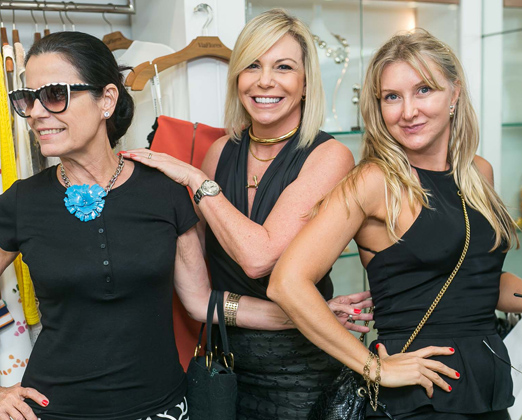 Lidice Caldas, Nina Kauffmann e Mirela Hermes