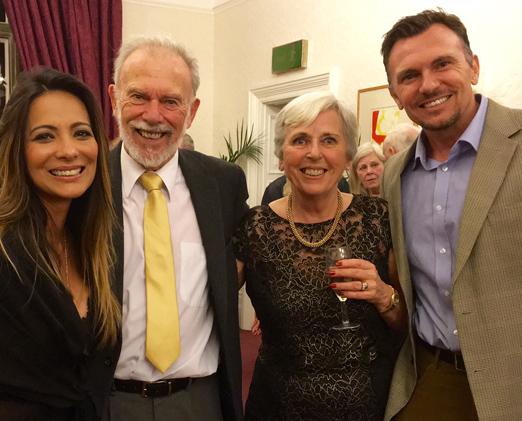 Marcia Romão com os sogros e o marido Quentin