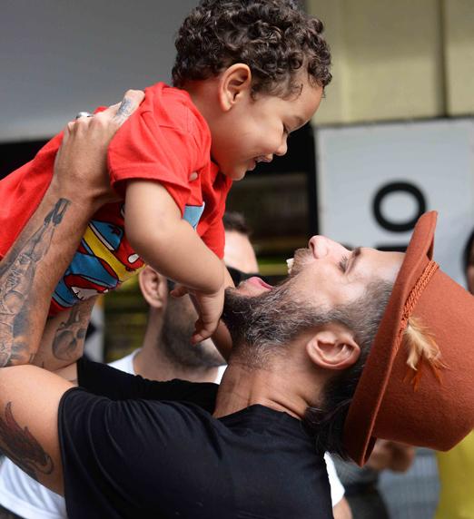 Bruno Gagliasso e seu afilhado Bento net