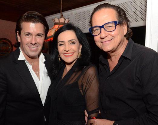 André Ramos com Liliana Rodriguez e Nestor Rocha