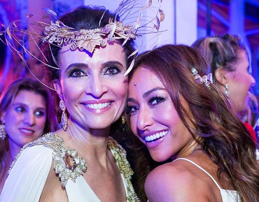 Andrea Natal e Sabrina Sato