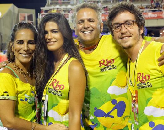 Gloria Pires, Antônia Morais, Orlando Morais e Wagner Santisteban