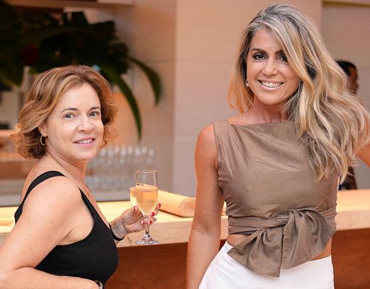 Maria Beatriz Fiaes e Helaine Cony