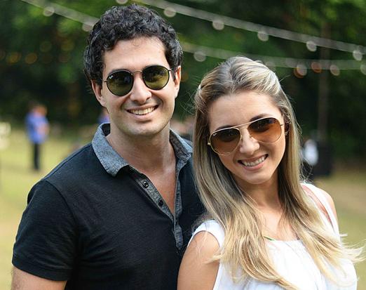 Sergio Tadeu e Carol Malheiros