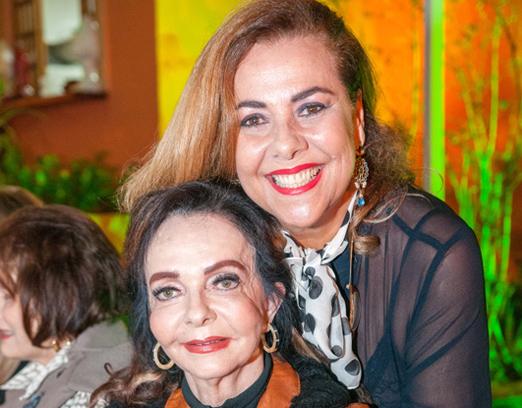 Carmen Emilia Xavier e Vera Loyola