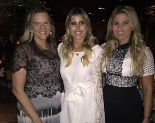 Dandynha com a mãe Maninha e a sister Ana Paula