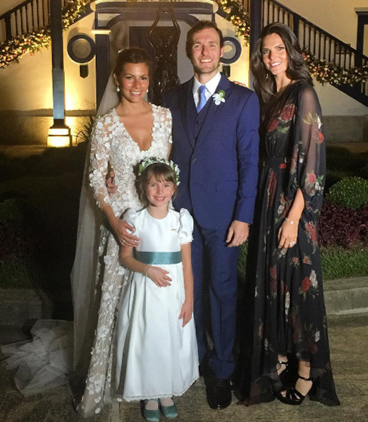 Os noivos com Daniella Sarahyba e a princesinha Gabriela