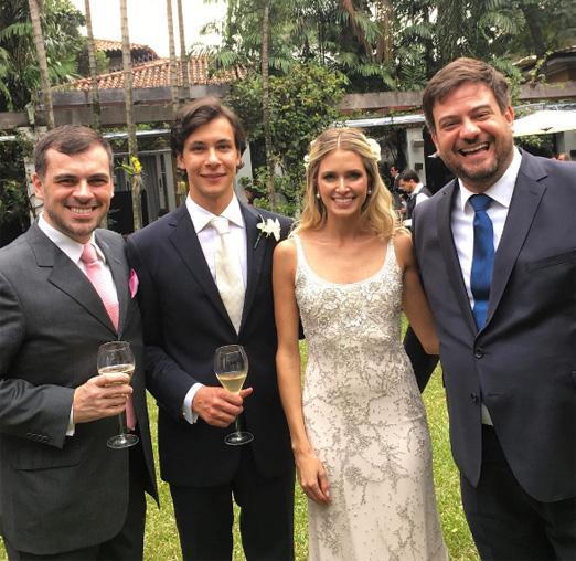 Os noivos com Sandro Barros e Bruno Astuto