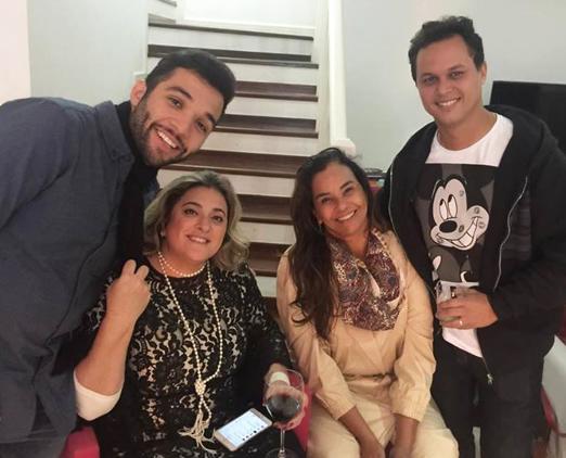 Jonathan Costa, Bibiana Paranhos e o casal Solange Couto e Jamerson