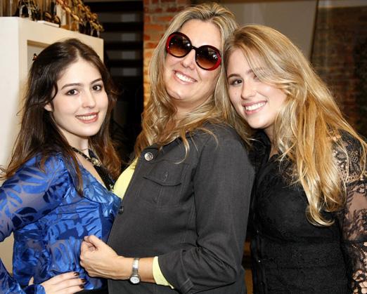 Maria Victoria Lips, Danielle Brigs e Anne Catherine Lips