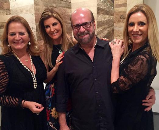 O aniversariante Luiz Felipe com Renata Fraga, Sonia Chalfin e a mulher Isabela Francisco