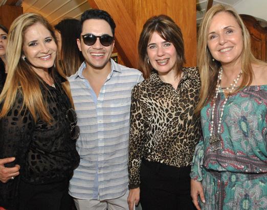 Gisela Markenson, Vinicius Belo, Daniela Seade e Eliane Couto