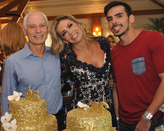 Márcia Veríssimo com o marido, Alexandre Ibitinga, e o filho, Caio Pollo