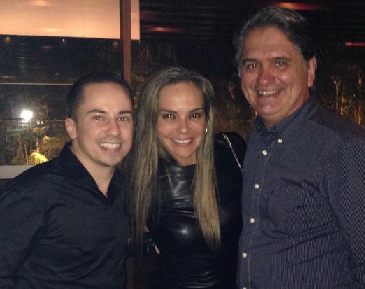 Yuri Antigo com o casal Carol e Luiz Rajão