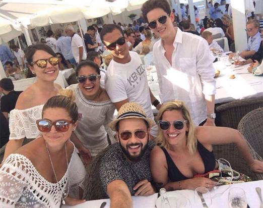 Ellen e amigos em Saint Tropez
