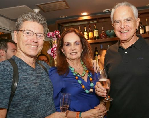 Fernando Bicudo com Sueli e Ricardo Stambowsky