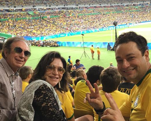 Henrique Pinto com os pais, José Olavo e Lina