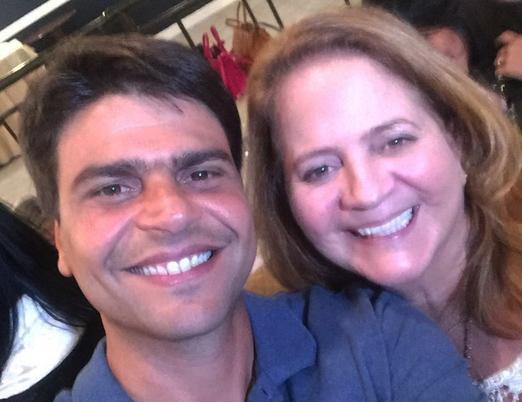 A selfie de Pedro Paulo e Renata Fraga