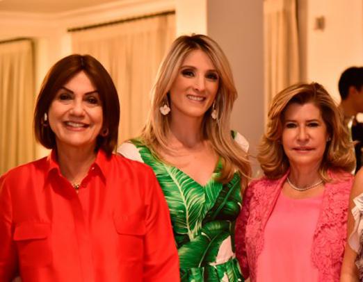 Ana Gontijo, Mayra Perin e Miranda Castro