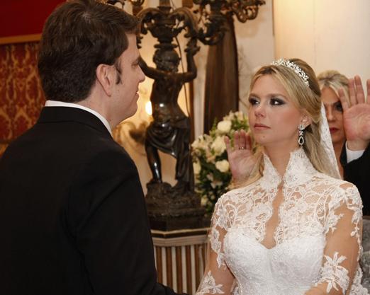 Debora e Toígo durante a cerimônia