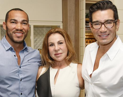 Italo Luz,Leilah Costa e Marcelo Hicho