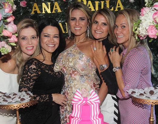Karina Nigri, Rosa Leal, Ana Paula Barbosa, Adriana Indelli e Ana Lucia Coutinho
