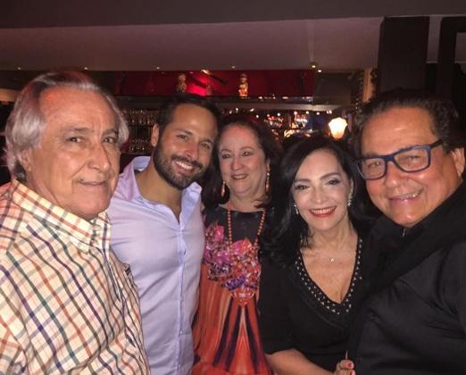 Leleco Barbosa, Marcelo Calero, Beth Serpa, Liliana Rodriguez e Nestor Rocha